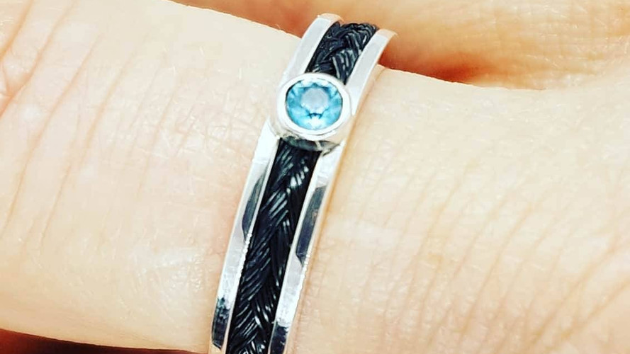 Sterling silver horsehair jewelry ring with color zircon