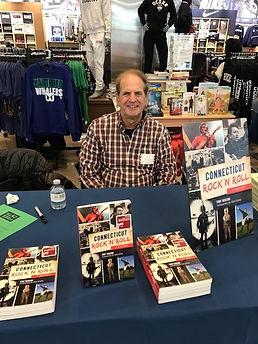 Book Signing Uconn Barnes & Noble Hartfo