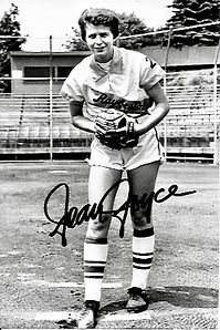 Joan Joyce Signed PHoto B_W Joan on moun