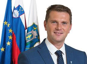 Matej_Slapar_upan-001.jpg