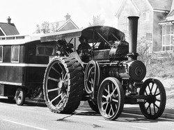 Steam Tractor and Caravan 1 2019 bw