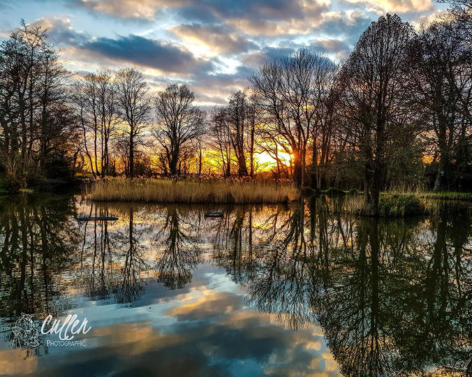 Lakeside Sunset F-focus.jpg