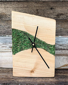 LEF field of greens desktop clock.jpg