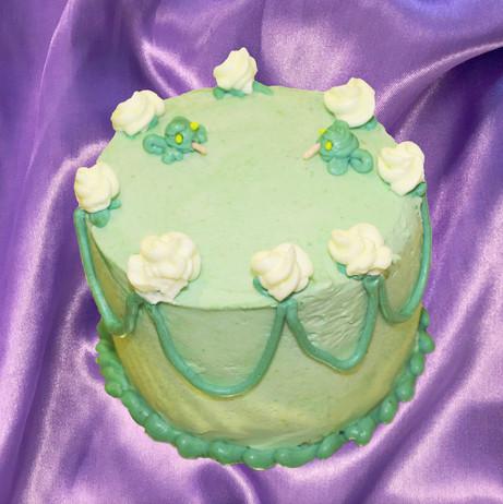 "4"" chocolate cake lactée caramel ganache vanilla meringue buttercream"