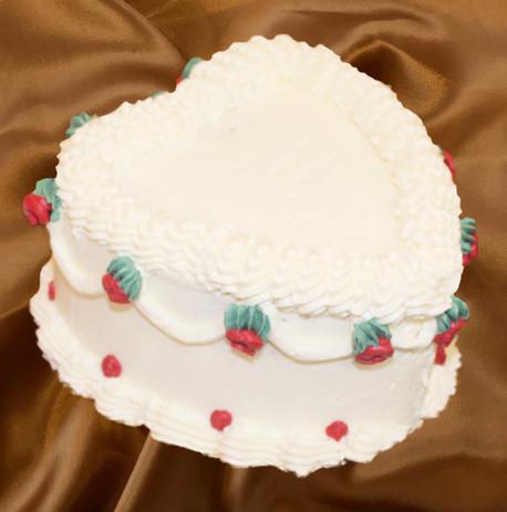 "4"" heart shaped carrot cake cream cheese mousse vanilla buttercream"