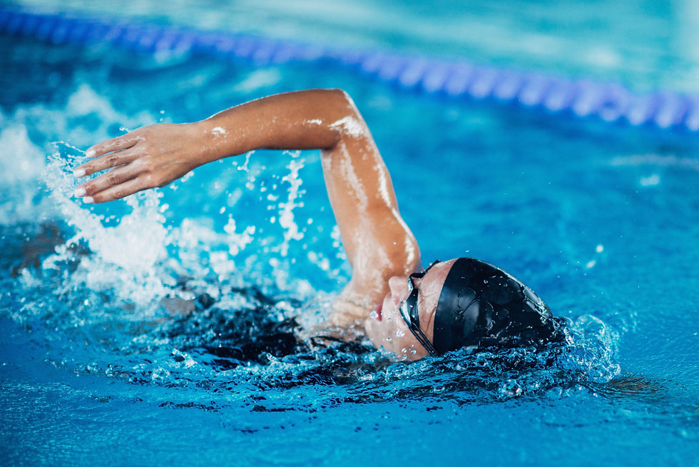 Professional swimmer, swimming race, ind