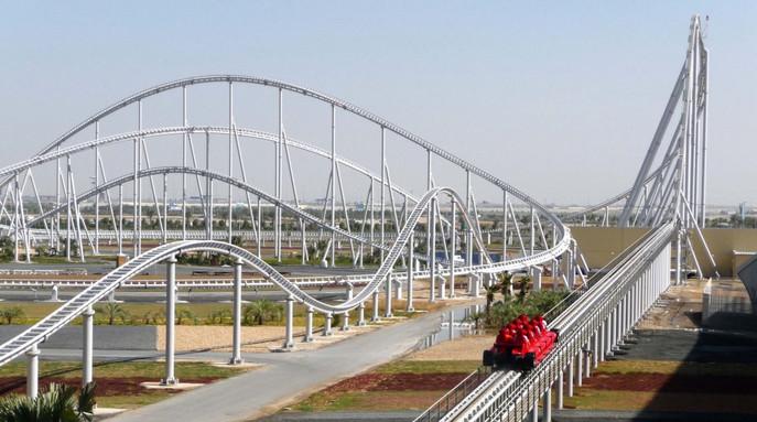 FORMULA ROSSA Ultra-high-speed roller coaster