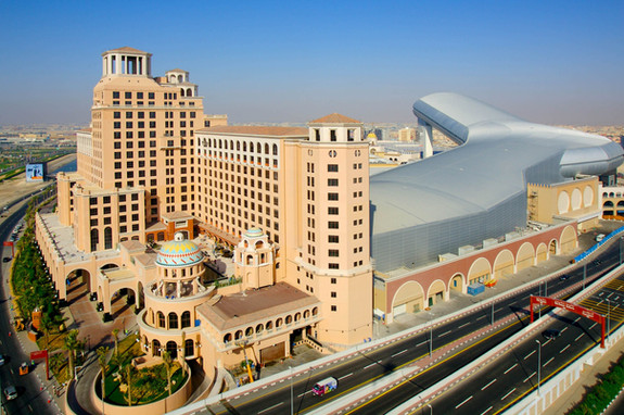 MALL OF THE EMIRATES Vast retail complex with a ski centre