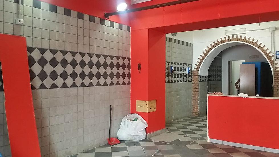 Locale commerciale via Rajola