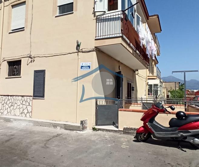 Appartamento con terrazzo Via Napoli