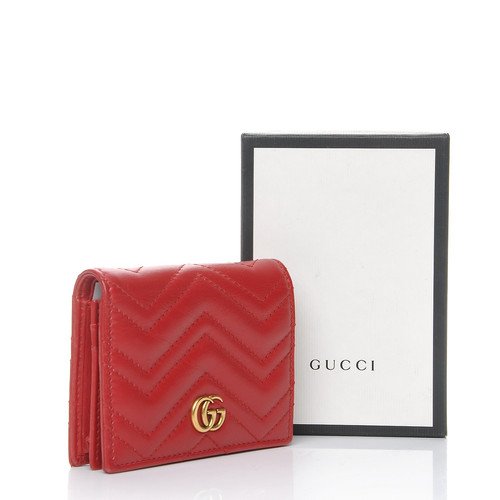 406f1239d9fc GUCCI Calfskin Matelasse GG Marmont Card Case Hibiscus Red