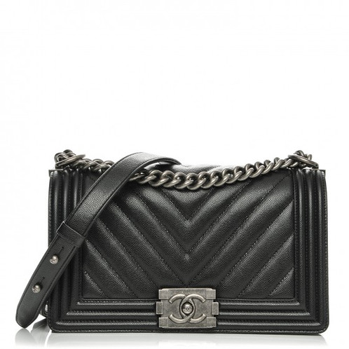 b82602525ef0c8 CHANEL Black Quilted Le Boy Classic Flap Shoulder Bag