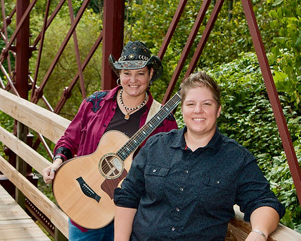 MAMA'S BLACK SHEEP   COMMUNITY CONCERT ON THE GREEN