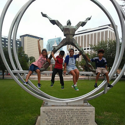 Players hunt for items in the Tampa scavenger hunt tour with 3Quest Challenge