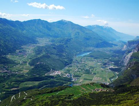 Castel Toblino e Valle dei Laghi