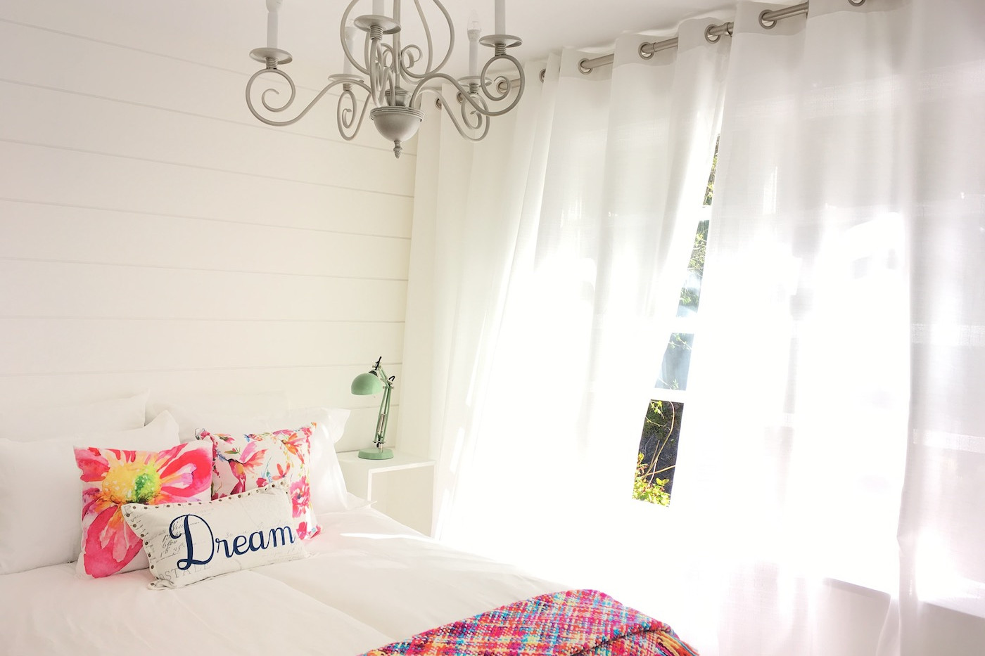 Dreamy full size bedroom in garden suite/guest cottage