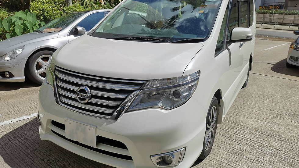 Nissan SERENA Highway Star SHYBRID