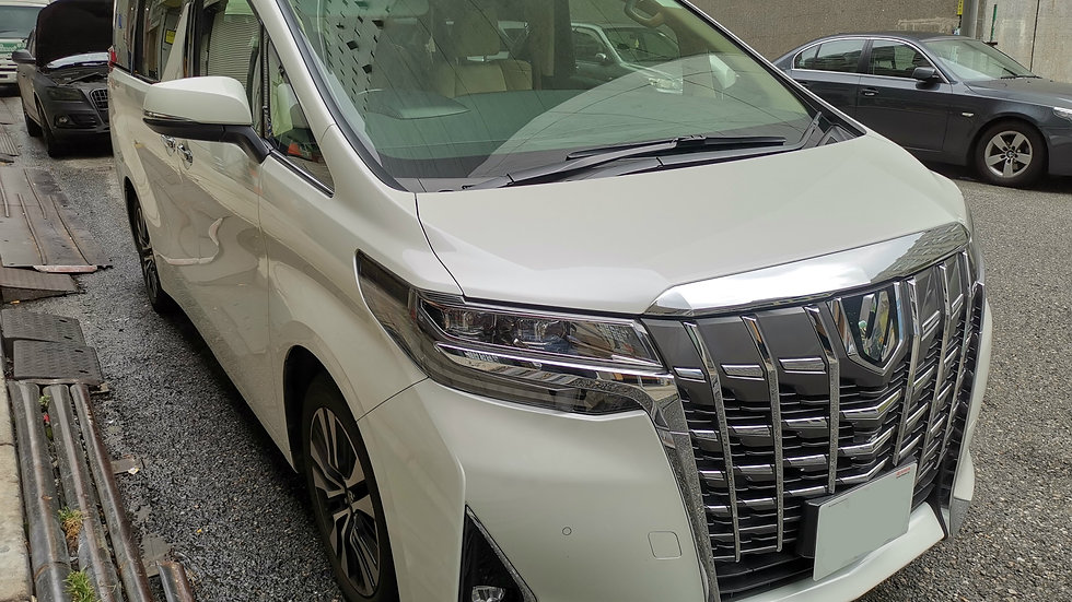 Toyota Alphard GF 3.5