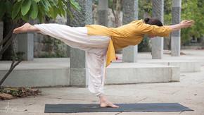 Isha Yoga 2.jpg