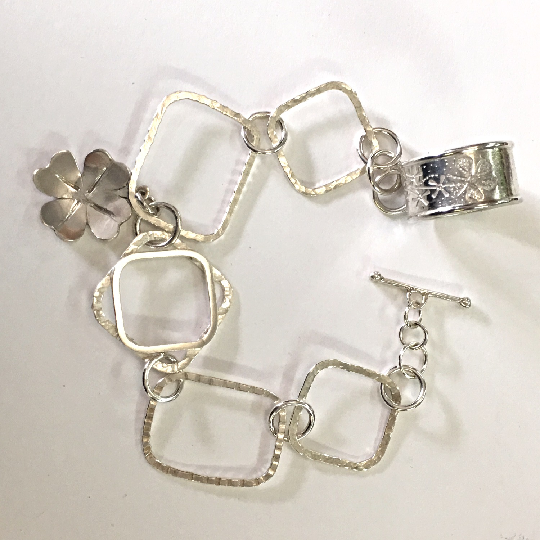 Bracelet Making, course