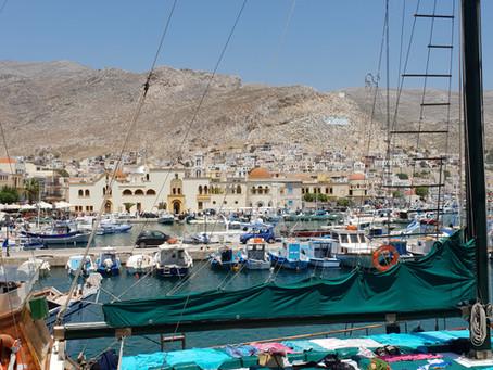 כמו טברנה יונית – מחוף הים באשדוד