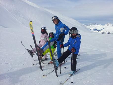 למי מומלצת הדרכת סקי בעברית?