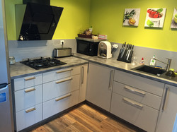 Alise Haut fully-equipped kitchen