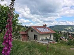 Alise Haut large quiet terrace