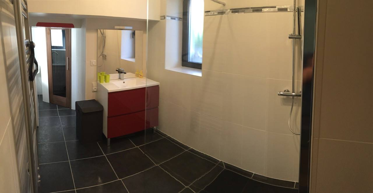Alise Sud, vaste salle de bain