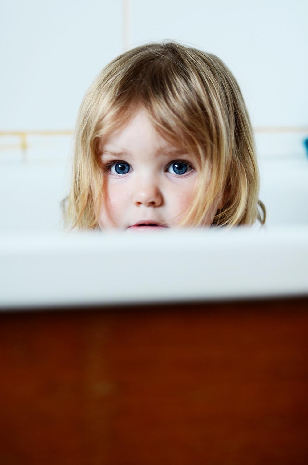 Почему ребенок боится