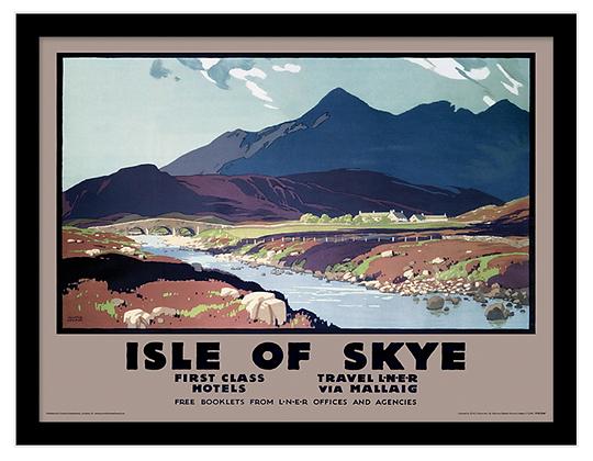 Isle of Skye 30x40 cm Framed Print