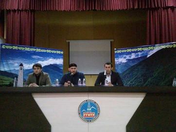 В Нефтяном университете со студентами встретился А.Абдулаев
