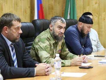 Заместитель Муфтия ЧР Аслан Абдулаев принял участие в оперативном совещании в здании администрации Н