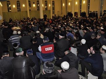 С.Межиев посетил мечеть столичного микрорайона