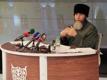 В павильоне ЧГТРК «Грозный» прошла большая пресс-конференция Советника Главы ЧР, Муфтия ЧР Салах-Хад
