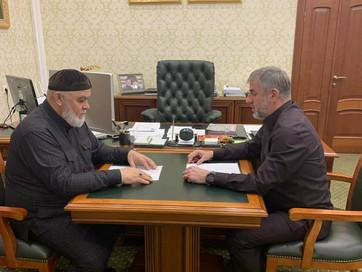 Заместитель Муфтия ЧР Ансар Хетиев встретился с руководителем Администрации Главы и Правительства Че