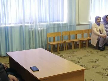Заместитель Муфтия ЧР Асвад Хареханов провел профилактическую беседу с воспитателями детского сада &