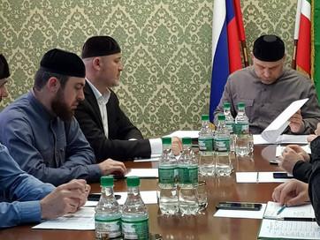 В ДУМ ЧР состоялось очередное совещание с членами оргкомитета под председательством Руководителя Апп