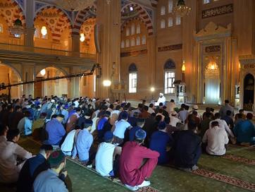 Шейх Али Джифри читает лекции в «Сердце Чечни»
