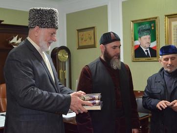 В Грозном муфтий ЧР принял гостей из Владикавказа