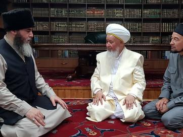 В ДУМ ЧР состоялась встреча Муфтия ЧР Салах-Хаджи Межиева с шейхом Накшбандийского тариката, Курбана