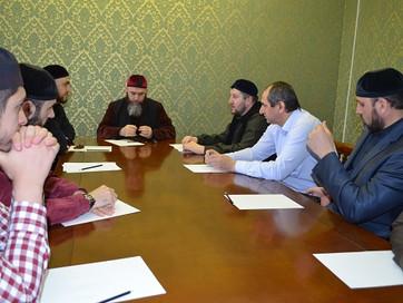 В ДУМ Чечни прошло рабочее совещание