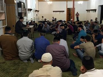 В.Куруев прочитал лекцию в мечети Ташкалы