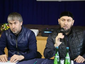 Заместитель Муфтия ЧР Аслан Абдулаев провел просветительскую беседу с учащимися образовательных учре