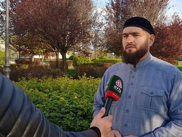 Помощник Муфтия ЧР Муса Альбиев  рассказал о достоинстве джамаат намаза
