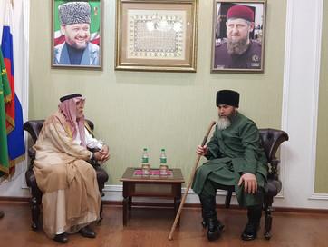 Министр по делам религии Ирака Мухаммад Абдул-Латиф Хьамайеми встретился в здании ДУМ ЧР с Советнико