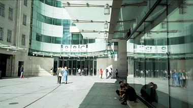 Society of Editors - BBC - Signature Pic