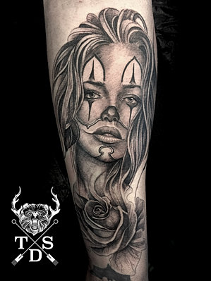 Neversettleforlesstattoos black and grey gallery gent for Chicano clown girl tattoos