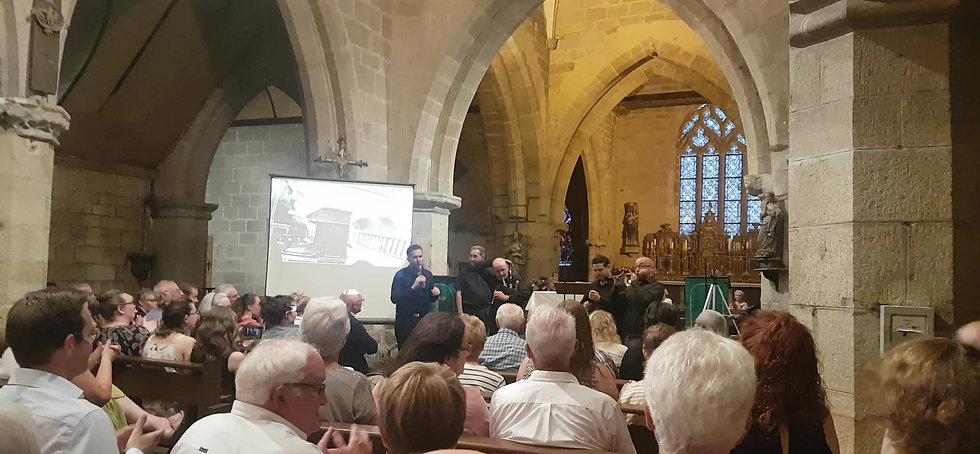 Concert BOMBARDE& ORGUE à l'église le 13/07/2019 par Pêr Vari KERVAREC &Gwendal BARRE.