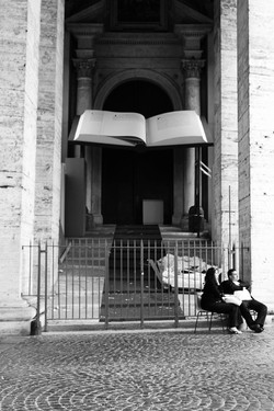 Easter at St. Peters - Photo Essay by Amit Khanna (8).JPG